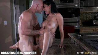 Real Wife Stories – Army wife Isis Love gives her husband a welcome fuck session