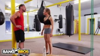 BANGBROS – Big Tits Babe Nicole Aniston Gets Her Pussy Worked Out In Gym