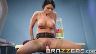 Brazzers – Dirty Doctor Ania Kinski gets pounded