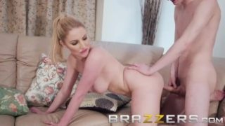 Brazzers – Yoga milf loves younger cock