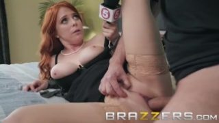 Brazzers – News girl Gets deep into a story