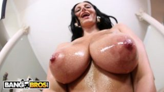 BANGBROS – Big Titty MILF Ava Addams Is Here To Help You Bust A Nut
