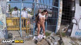 BANGBROS – Glorious PAWG Franceska Jaimes Public Anal Fuck!