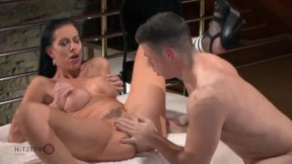MILF squirts like a shower