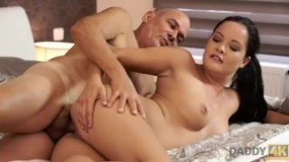 Daddy 4K – Dolly Diore is so lonely but BF's father takes care of her