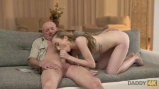 Daddy4k – Old man gets acquainted with son's girlfriend and fucks her